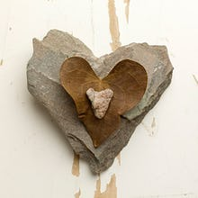 Heart Stones with Leaf