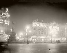 Piccadilly Circus, 1920s