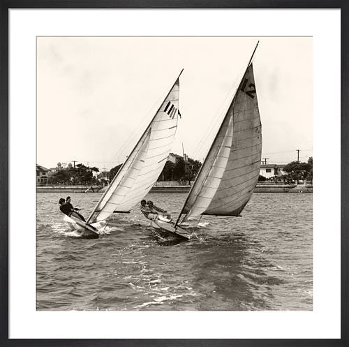 Close dinghy racing in the United States from Stilltime
