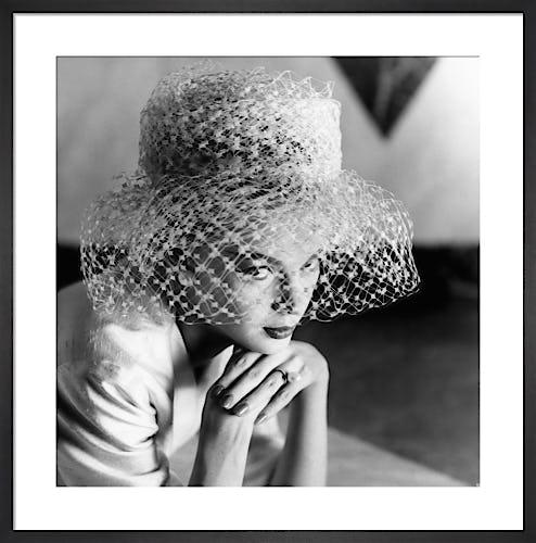 Vogue April 1959 by Henry Clarke