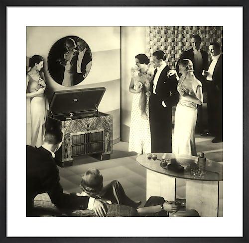 Radiogram adoration from Stilltime