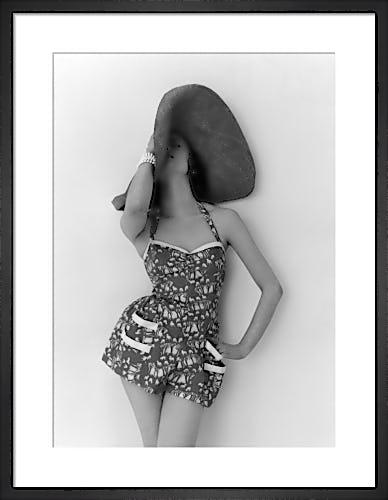 Vogue May 1952 by John Deakin