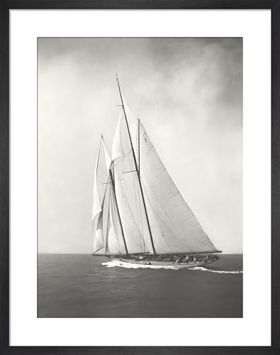 Sailing off Cowes c.1930 from Stilltime