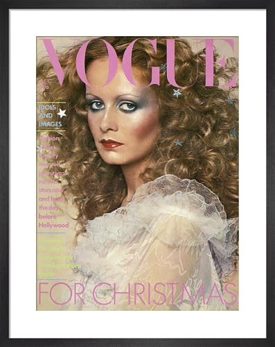 Twiggy, Vogue December 1974 by Barry Lategan