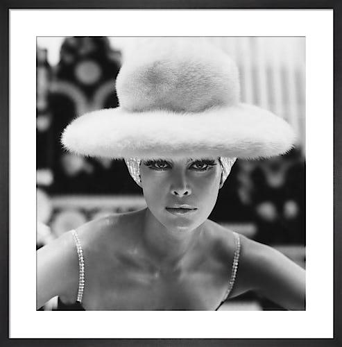 Vogue October 1965 by Henry Clarke