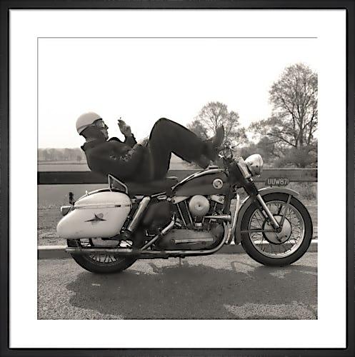 Harley-Davidson Smoke Break from Stilltime